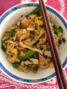 Noodle Stir-Fry with Snow Peas and Meat